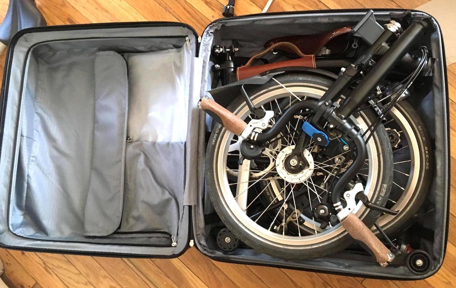 ff0847d0e1b3 How to Bring a Folding Bike onto an Airplane without Paying Extra Fees?